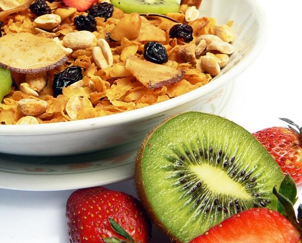 ¿Cómo debe ser un buen desayuno?